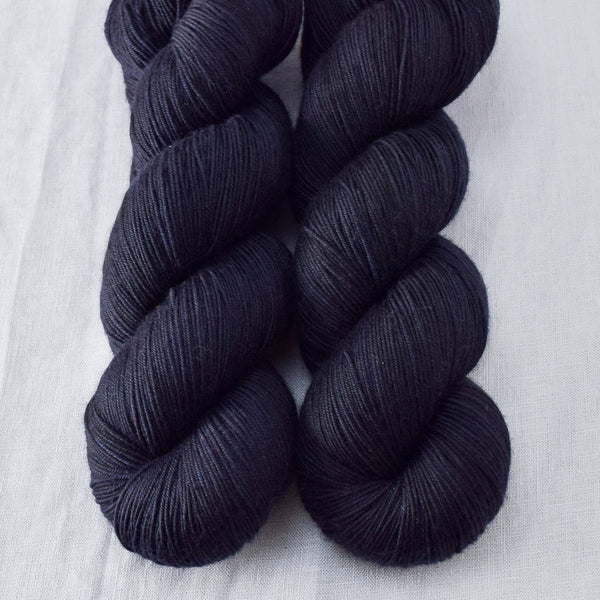 Blackbird - Miss Babs Keira yarn