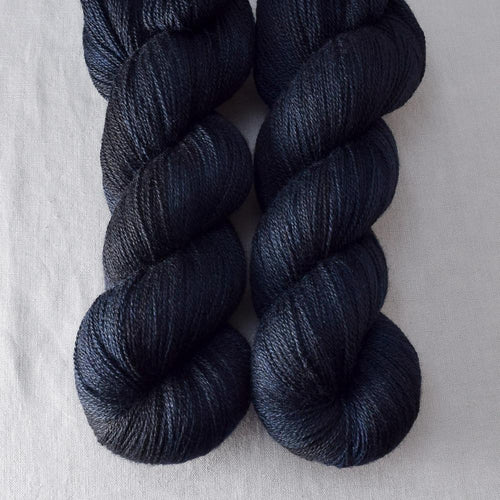 Blackbird - Miss Babs Yearning yarn