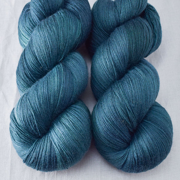 Blackwatch - Miss Babs Katahdin yarn