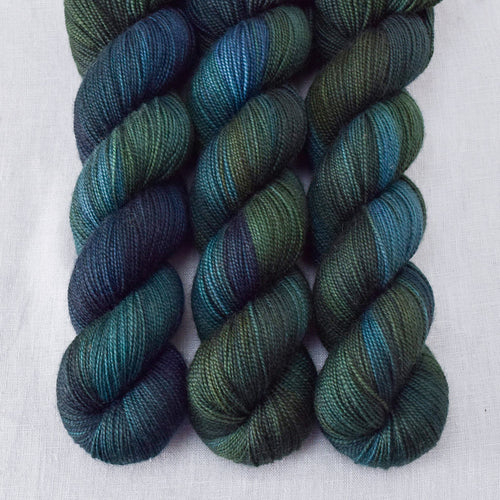 Blue Dasher - Miss Babs Yummy 2-Ply yarn