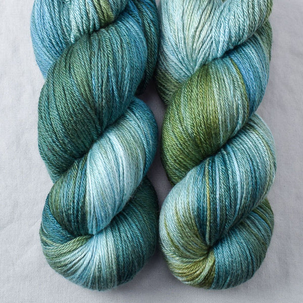 Blue Dasher - Miss Babs Big Silk yarn