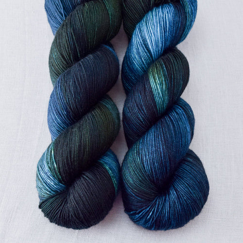 Blue Dasher - Miss Babs Keira yarn