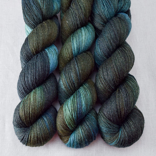 Blue Dasher - Miss Babs Tarte yarn