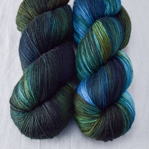 Blue Dasher - Miss Babs Yowza yarn