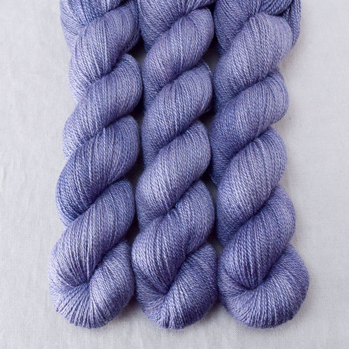 Blue Mussel - Miss Babs Yet yarn