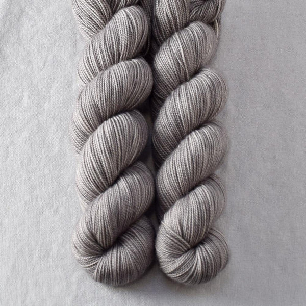 Botteri's Sparrow - Miss Babs Yummy 2-Ply yarn