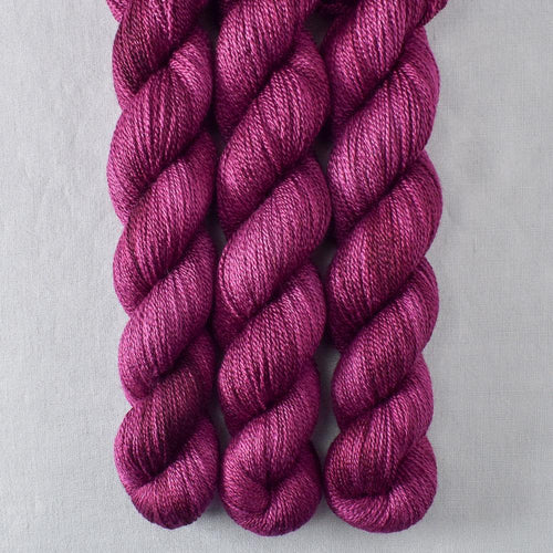 Bougainvillea - Miss Babs Yet yarn