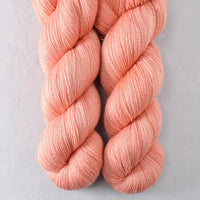 Bullfinch - Miss Babs Yearning yarn