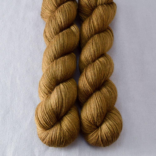 Candied Pecan - Miss Babs Katahdin 437 yarn