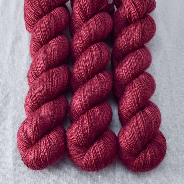 Canis Major - Miss Babs Yummy 2-Ply yarn