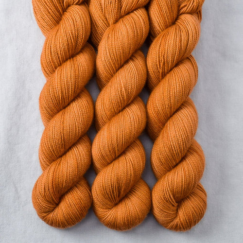 Caramel - Miss Babs Yummy 2-Ply yarn