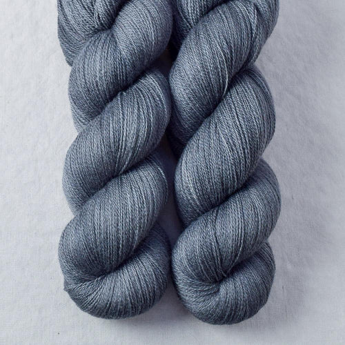 Catbird - Miss Babs Yearning yarn