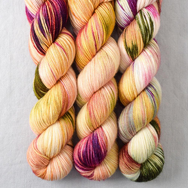 Chinese Foxnut - Yummy 2-Ply - Babette
