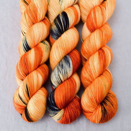 Clownfish - Miss Babs Yummy 2-Ply yarn