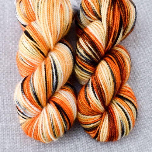 Clownfish - Miss Babs 2-Ply Toes yarn