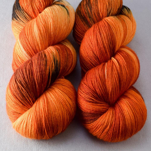 Clownfish - Miss Babs Katahdin yarn
