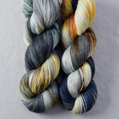 Coffee Break - Miss Babs Yearning yarn