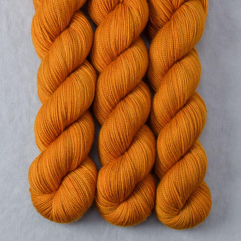products/cognacamber-2ply-2018.jpg