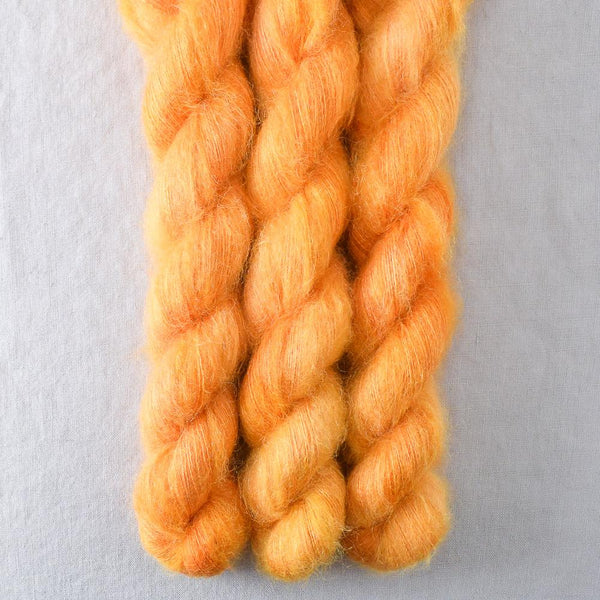 Coreposis - Miss Babs Moonglow yarn