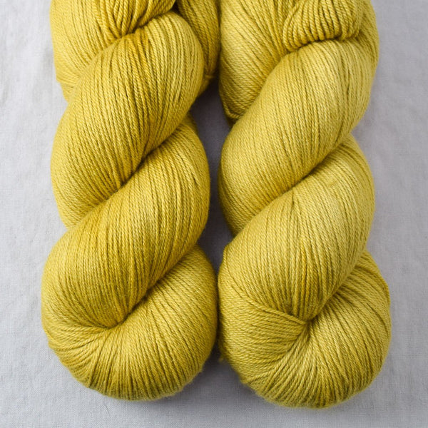 Cumin - Miss Babs Killington yarn
