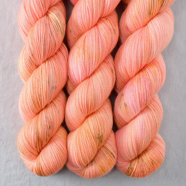 Dancing Spirit - Miss Babs Dulcinea yarn
