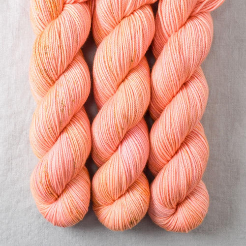 Dancing Spirit - Miss Babs Kunlun yarn