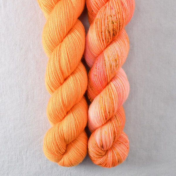 Dancing Spirit, Navel - Miss Babs 2-Ply Duo