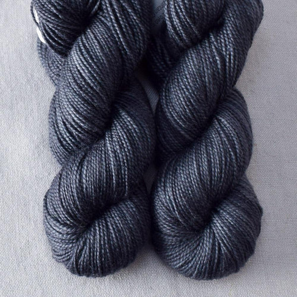 Dark Carina - Miss Babs 2-Ply Toes yarn