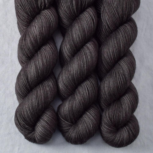 Dark Pegasus - Miss Babs Yummy 3-Ply yarn