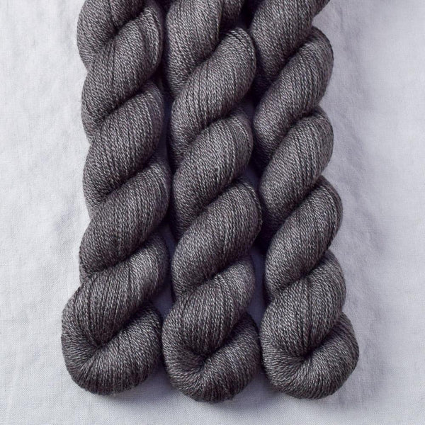Dark Pegasus - Miss Babs Yet yarn