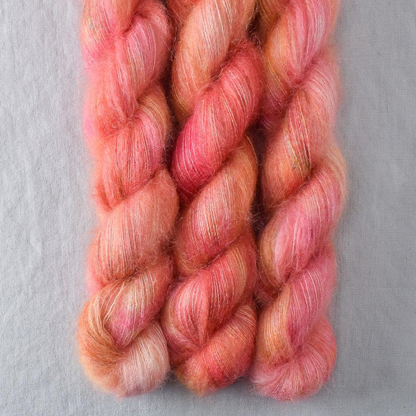Devoted Idea - Miss Babs Moonglow yarn