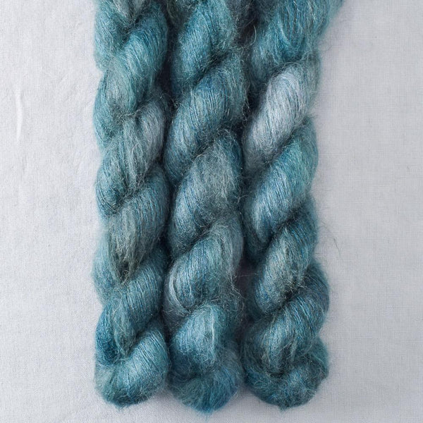 Dew - Miss Babs Moonglow yarn