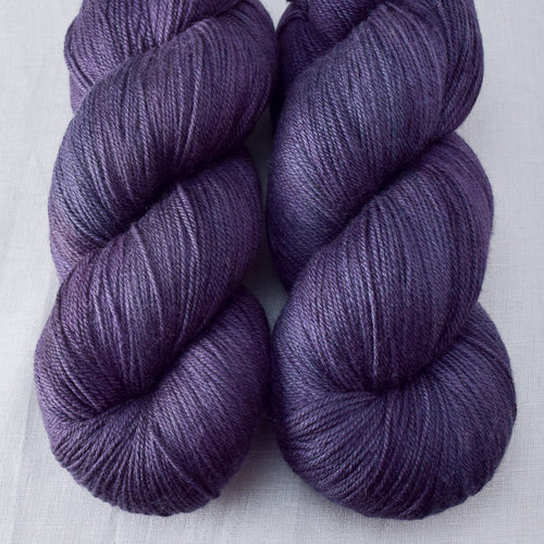 Dusk - Miss Babs Killington yarn