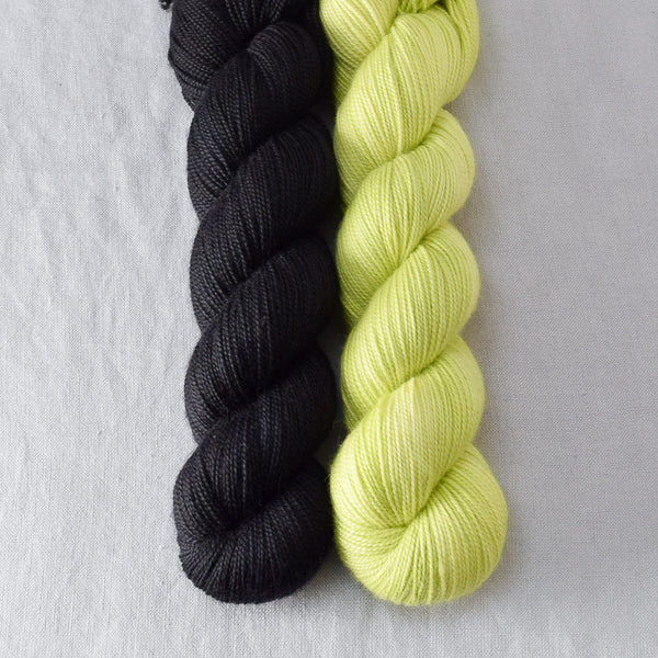 Ebony, Ginkgo - Miss Babs 2-Ply Duo