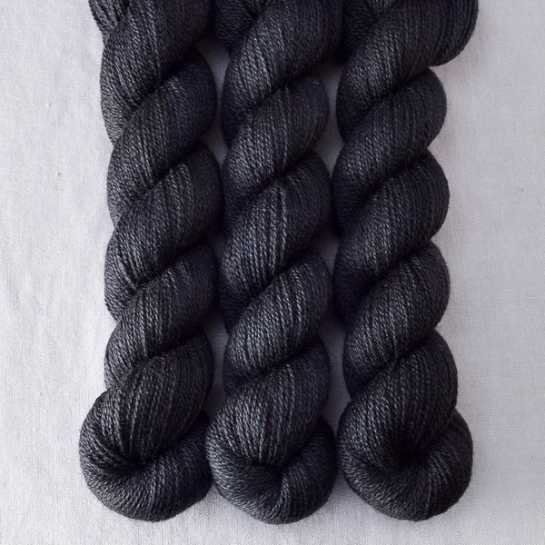 Ebony - Miss Babs Yet yarn