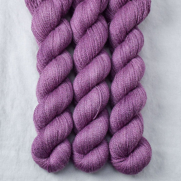 Fig - Miss Babs Yet yarn