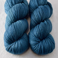 Franklin - Miss Babs K2 yarn