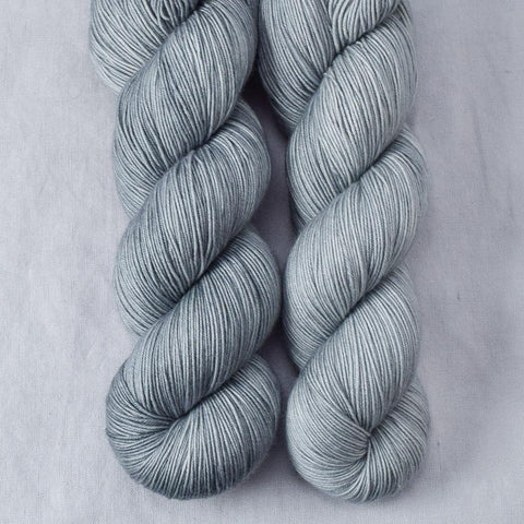 Frozen - Miss Babs Keira yarn