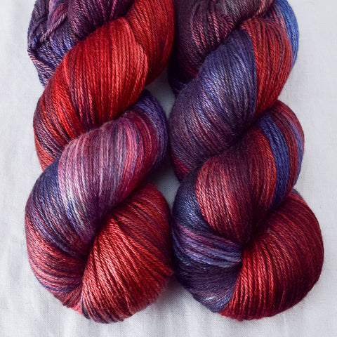 Gal Noir - Miss Babs Big Silk yarn