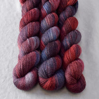 Gal Noir - Miss Babs Yet yarn