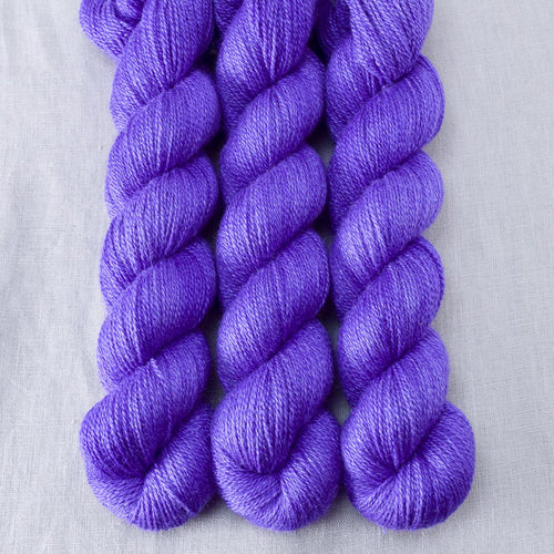 Gentian - Miss Babs Yet yarn