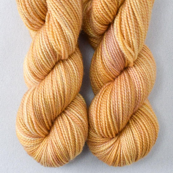 Golden Age - Miss Babs 2-Ply Toes yarn