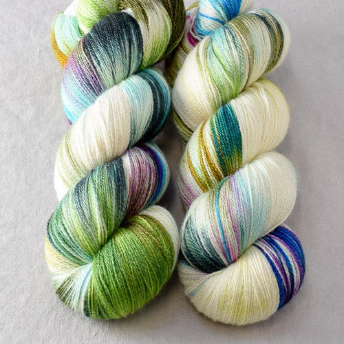 Good Morning Glory - Miss Babs Yearning yarn