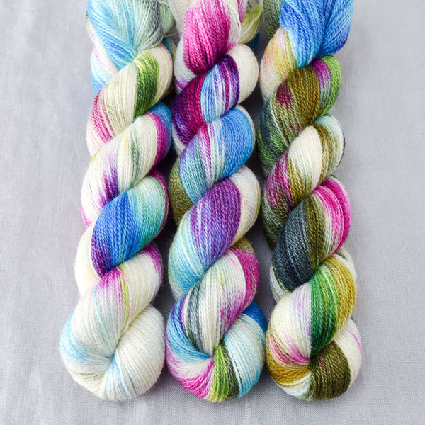 Good Morning Glory - Miss Babs Yet yarn