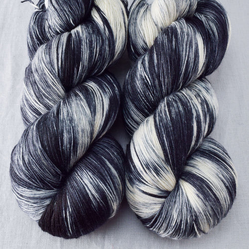 Graphic - Miss Babs Katahdin yarn