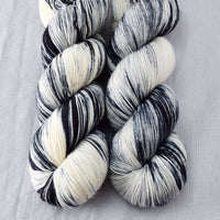 Graphic - Miss Babs Keira yarn