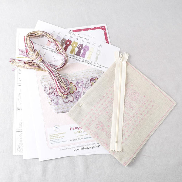 Hearts Pouch (trousse coeurs) Embroidery Kit - Miss Babs Notions