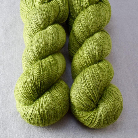 Hops - Miss Babs Yearning yarn