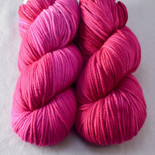 Hot to Trot - Miss Babs K2 yarn
