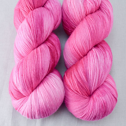 Hot to Trot - Miss Babs Killington yarn